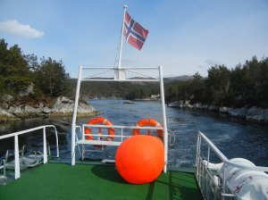 Gjennom smale smug til Dåfjord.