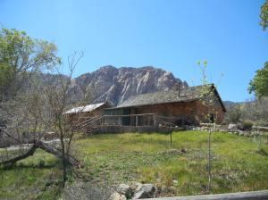Et av de første husene på ranchen, nå vernet.