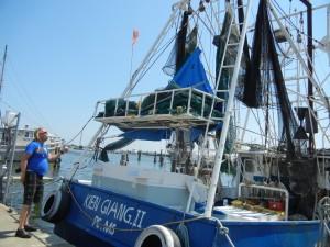 Prøis er serriøst opptatt av garn, not, båt.